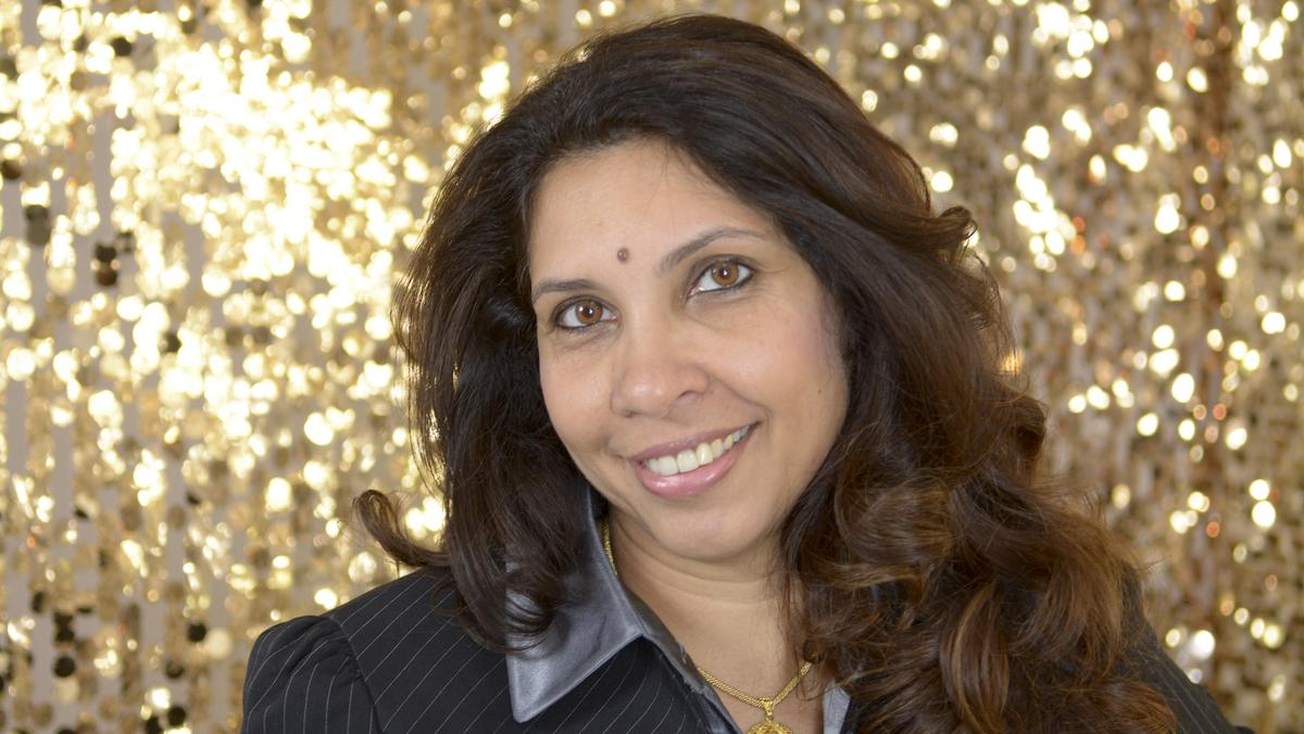 Muneera Carr will continue serving as executive vice president of Comerica